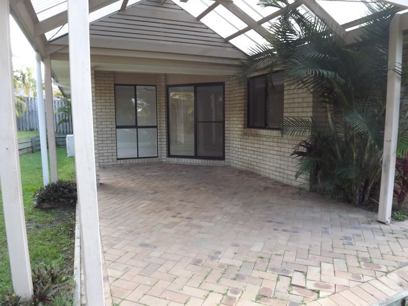 Picture of 12 Firecrest Close, Upper Coomera