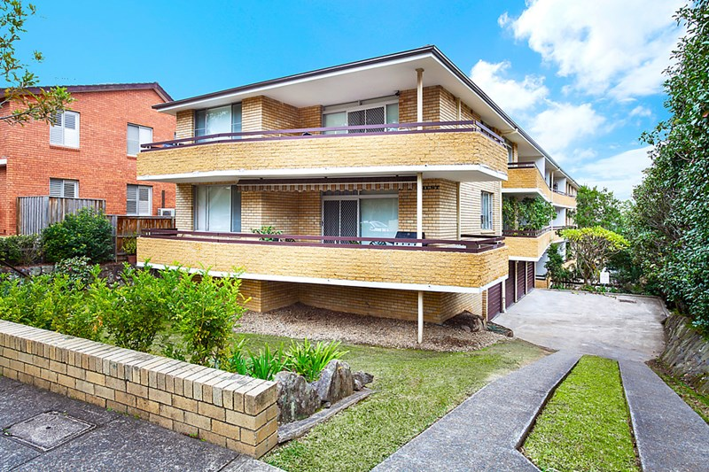 Picture of 6/106 Burns Bay Road, Lane Cove