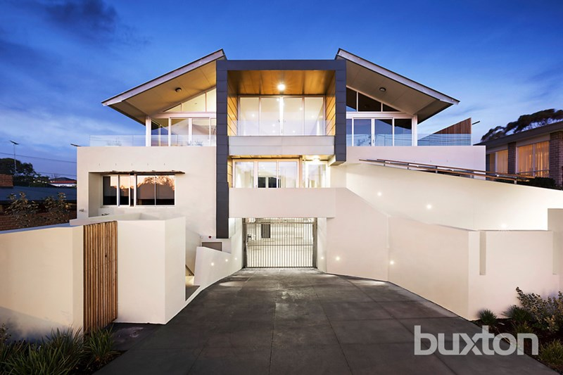 Picture of 2/243 Beach Road, Black Rock