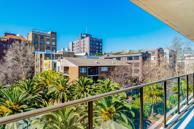 Picture of 403/2 Springfield Avenue, Potts Point