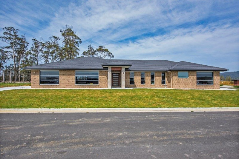 Photo of 147 Bradshaw Street Latrobe, TAS 7307