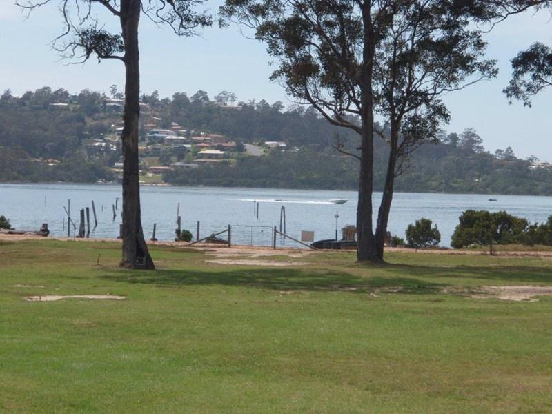 Photo of 10 Waterside Lane MILLINGANDI, NSW 2549