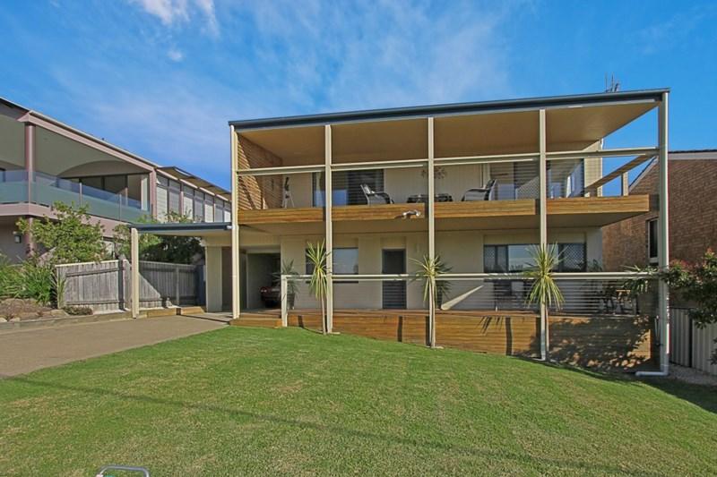 Photo of 16 Ocean Road Batehaven, NSW 2536