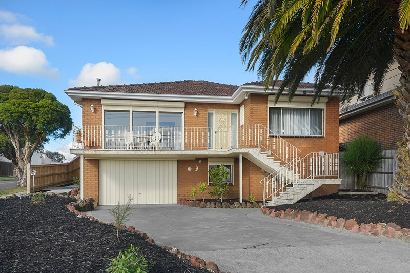 Picture of 166 Thompsons Road, Bulleen