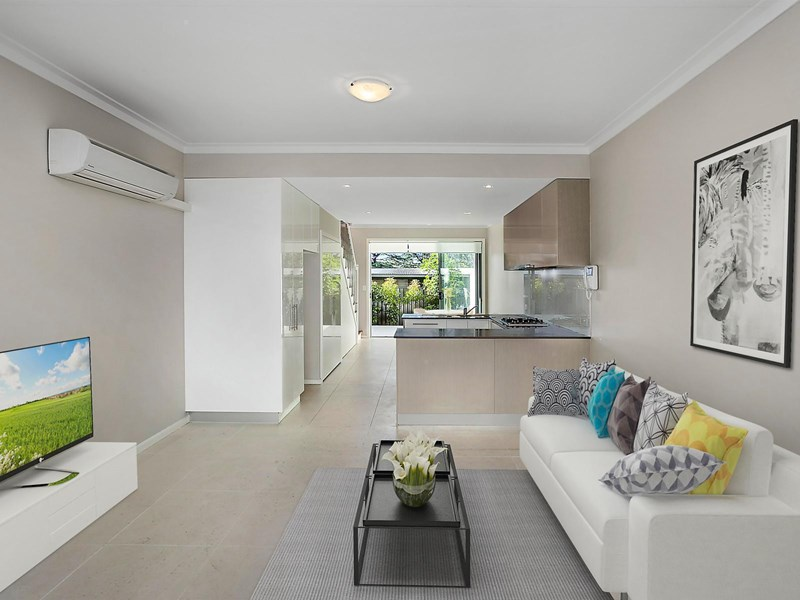 Picture of 11/2 Galston Road, Hornsby