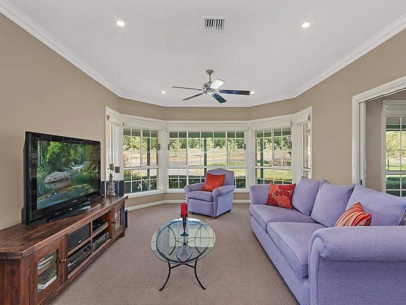 Photo of 4 Settlers Road Royalla, NSW 2620
