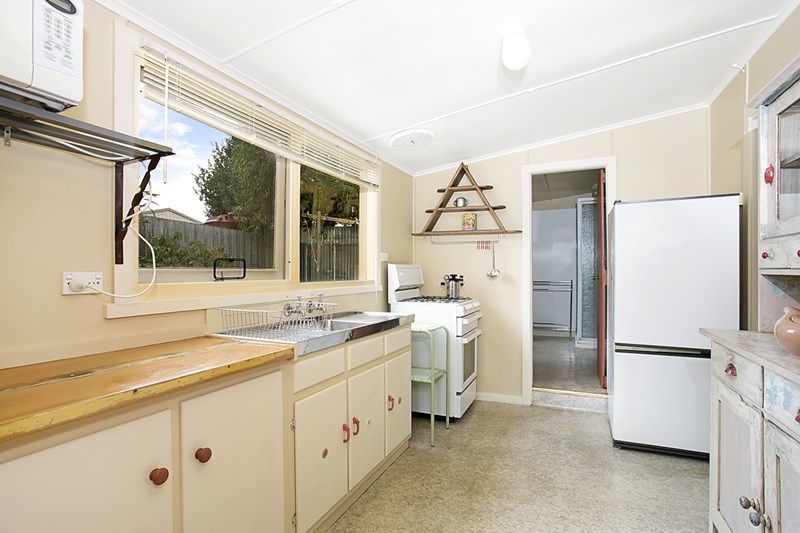 Photo of 6 Fisher Street WARRNAMBOOL, VIC 3280