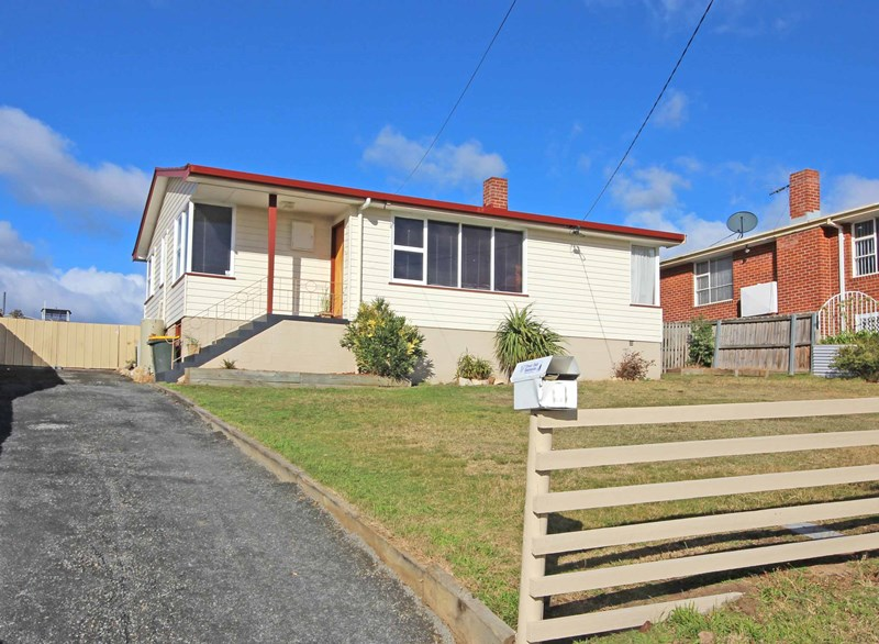 Picture of 9 Centenary Crescent, Claremont