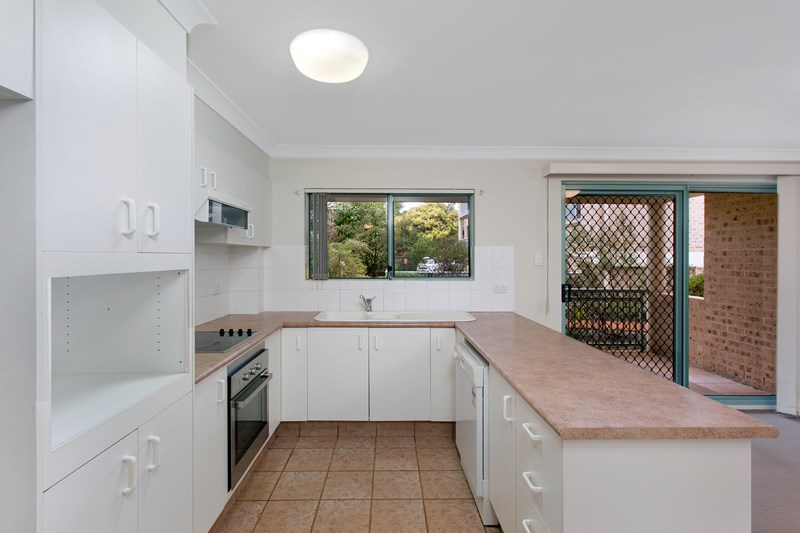 Picture of 4/52-58 Linden Street, Sutherland