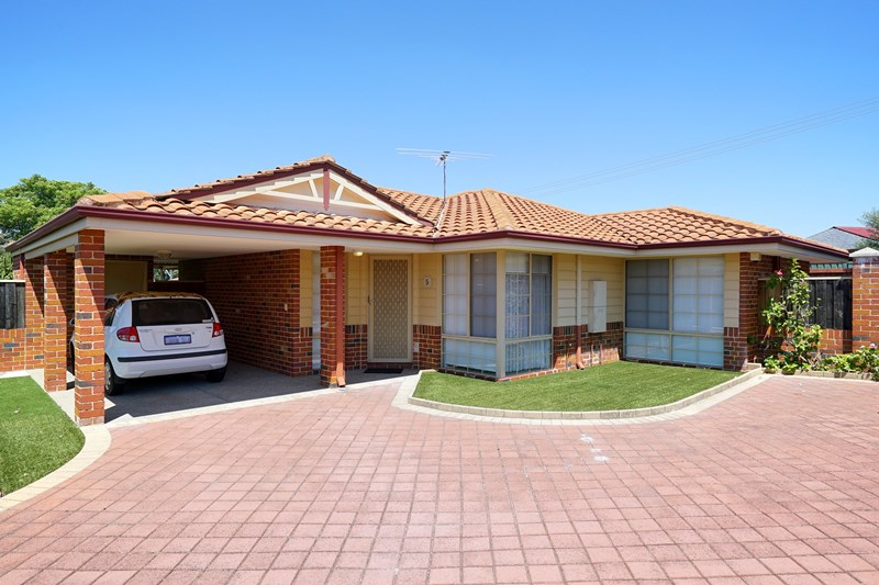 Picture of 5/12 Deschamp Road, Morley