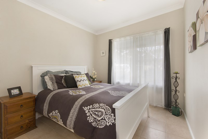 Photo of 4 Constance Avenue OXLEY PARK, NSW 2760