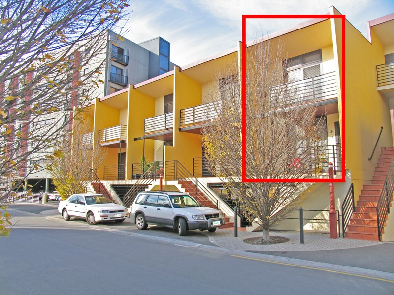 Picture of 19/1 Creswells Row, Hobart