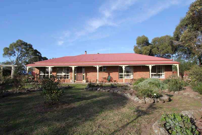 Photo of 34 West Boundary Rd SKIPTON, VIC 3361
