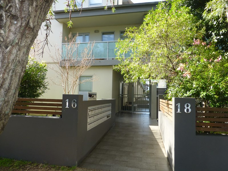 Picture of 9/16-18 Merton Street, Sutherland