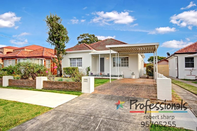 Photo of 30 Ponyara Street BEVERLY HILLS, NSW 2209