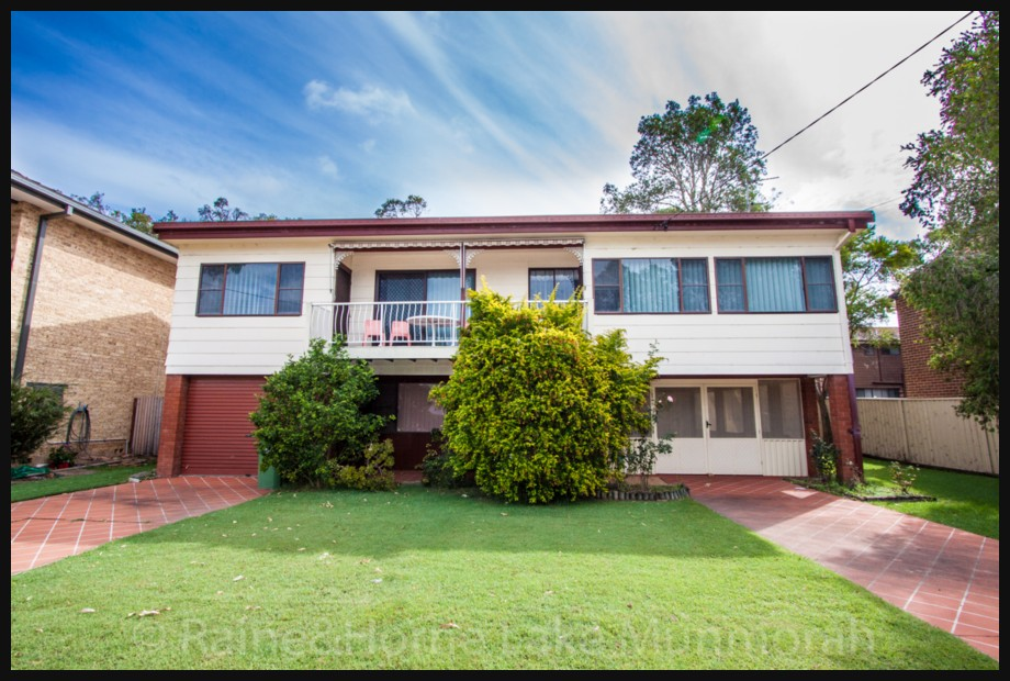 57 lloyd avenue chain valley bay NSW 2259