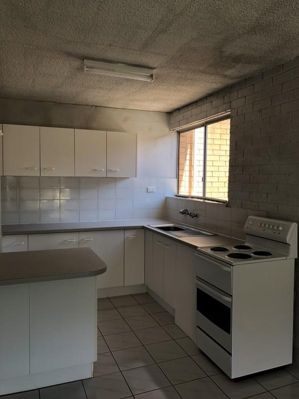 7/63 Molonglo Street, Queanbeyan NSW 2620, Image 0