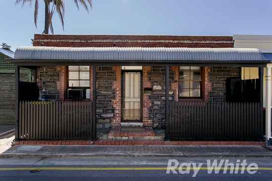 8 Gray Court, Adelaide