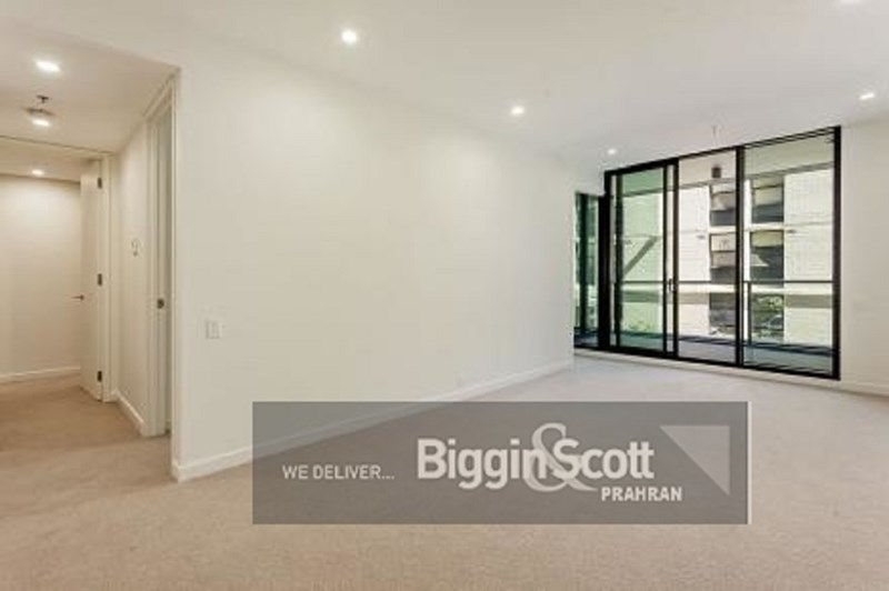 Picture of 114/70 Queens Road, Melbourne 3004