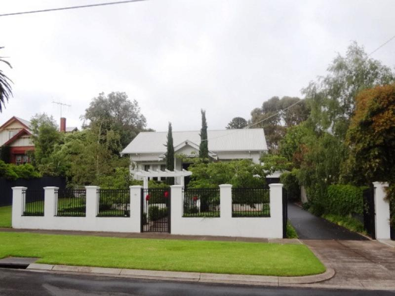 13 Cockman Street, Warrnambool