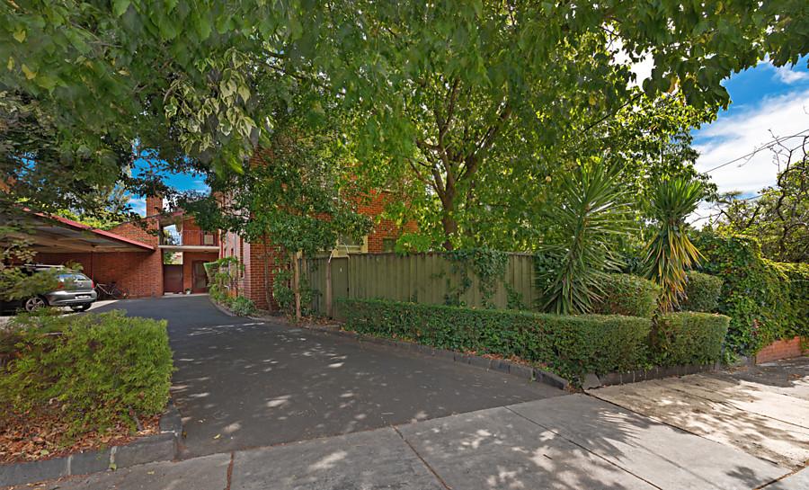 2/1a Wimba Avenue, Kew