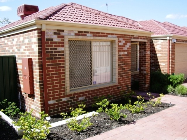 Picture of 2/124 Oats Street, Carlisle