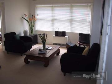 Picture of 10/78 Queens Road, Melbourne