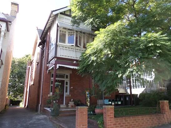 135 Cambridge Street, Stanmore