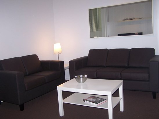 FURNISHED SLEEPS 3 ONLY $400pw
