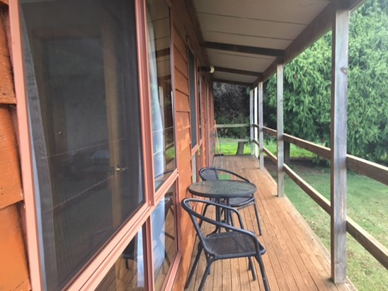 $300 per week fully furnished & self contained
