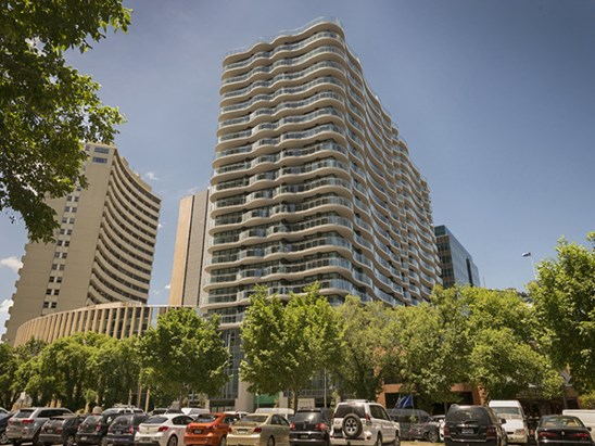 35 ALBERT ROAD, Melbourne 3004
