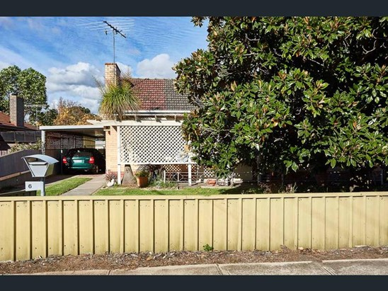 6 Sycamore Terrace, Campbelltown