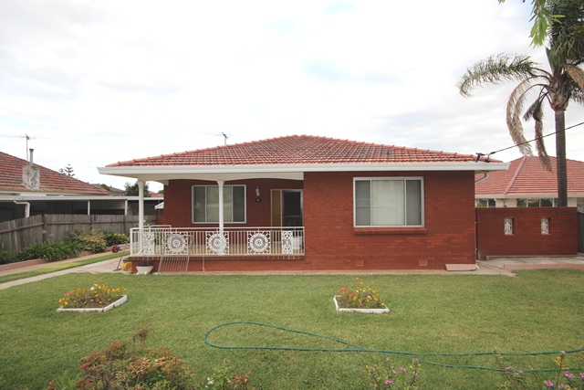 32 Cragg  Street, Condell Park NSW 2200, Image 0