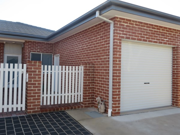 8/3 Gerald Street, Queanbeyan NSW 2620, Image 0