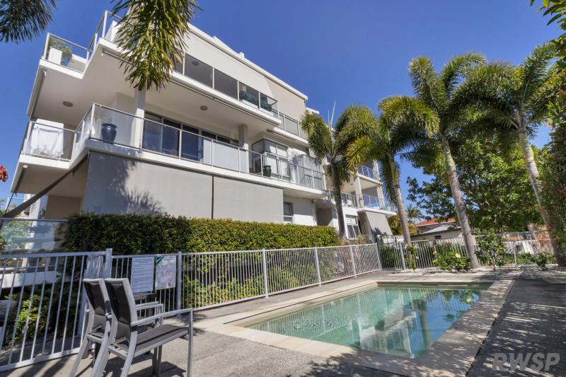6/8-10 Victor Ave, Paradise Point QLD 4216, Image 0