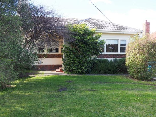 10 Prospect Grove, Black Rock