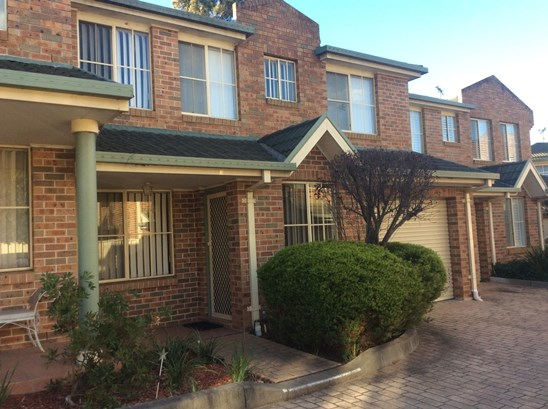 $395.00 Per Week - Available 08/09/2017