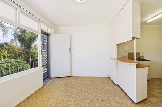 22 Eurobin Avenue, Manly