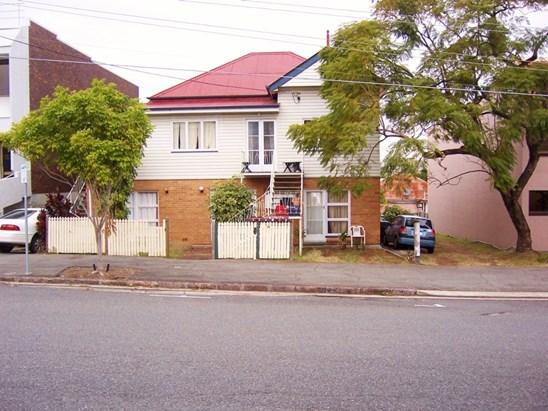 11 Mallon Street, Bowen Hills