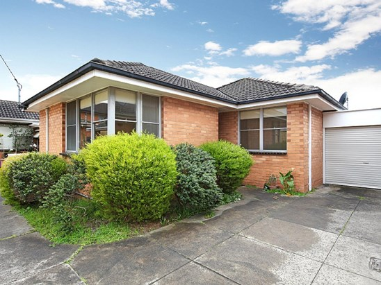 4/9 Garden Avenue, Glen Huntly