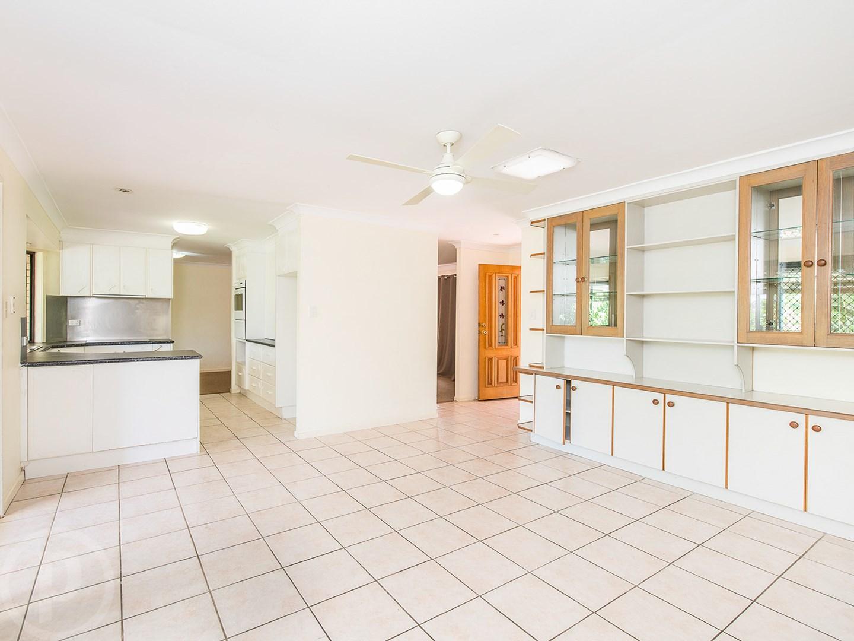Commercial real estate for sale in mount gravatt east qld 4122 pg 3 - 575 Mount Gravatt Capalaba Road Wishart Qld 4122 Image 0