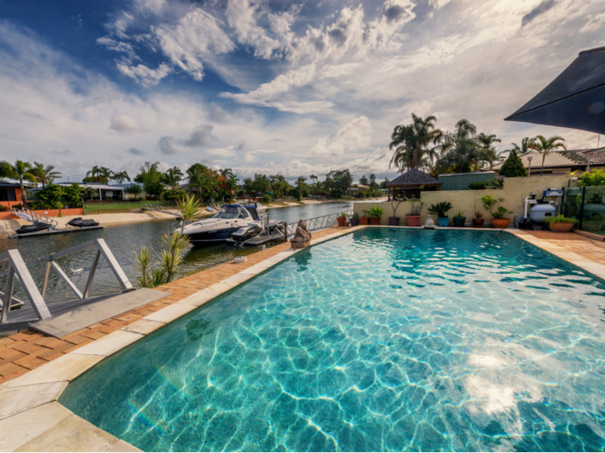 34 Verdichio Avenue, Mermaid Waters QLD 4218, Image 0