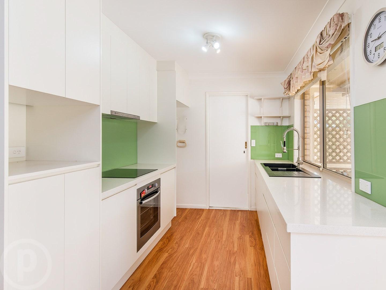 6 Savanna Place, Eight Mile Plains QLD 4113, Image 0
