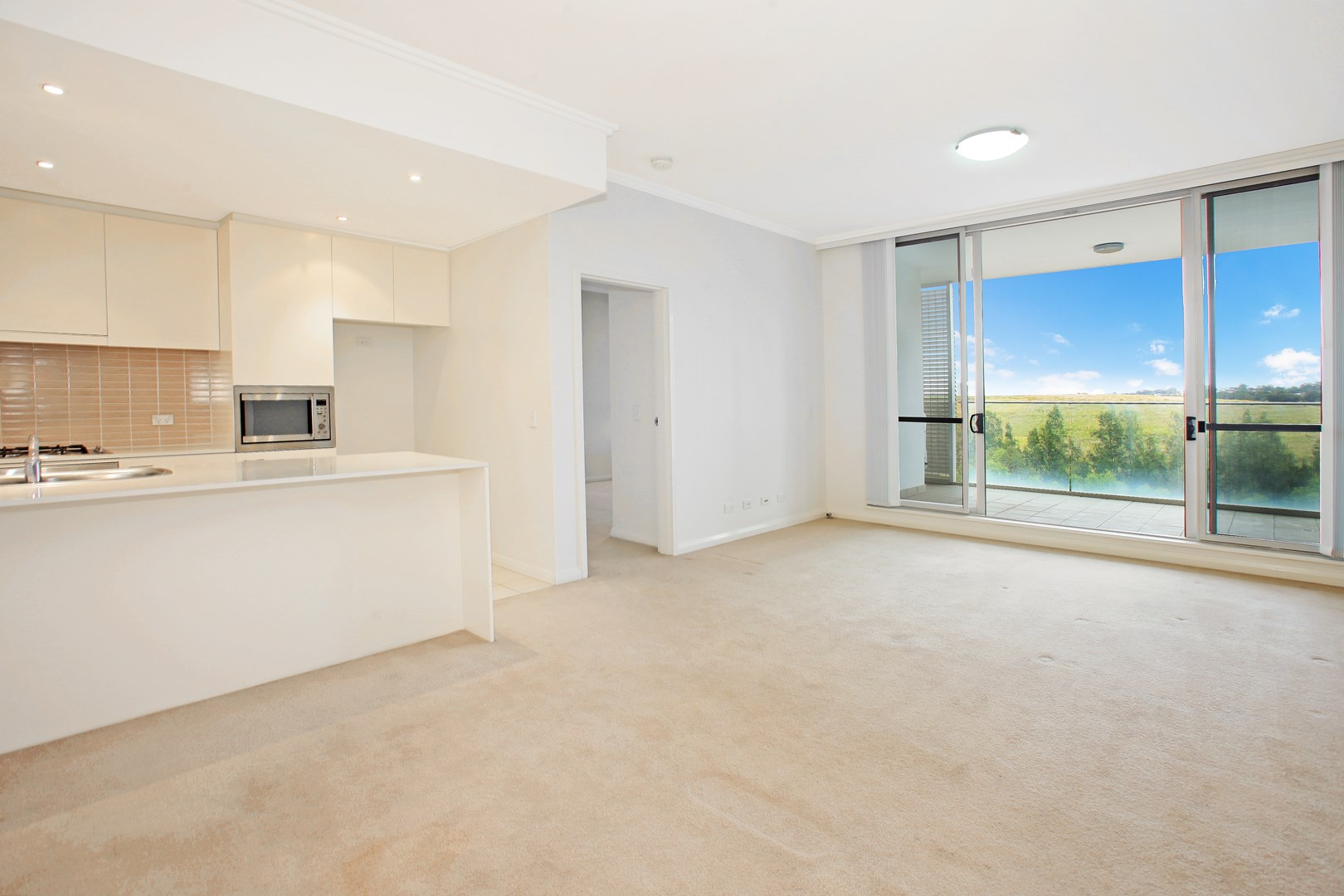 583/33 Hill Road, Wentworth Point NSW 2127, Image 0