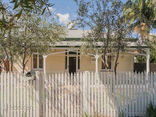 132 Loftus Street, North Perth