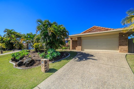 90 Inverness Way, Parkwood