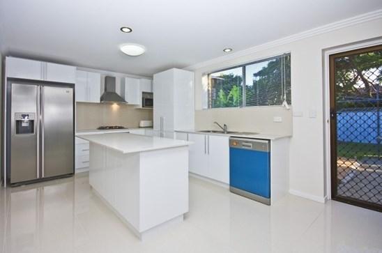 8 Cobham Street, Sunnybank Hills