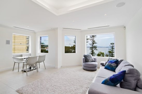 26 The Crescent, Manly