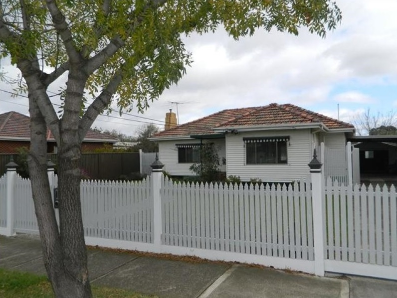 68 Vernon Street, South Kingsville VIC 3015, Image 0