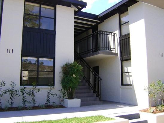 2 Lake Street, North Parramatta